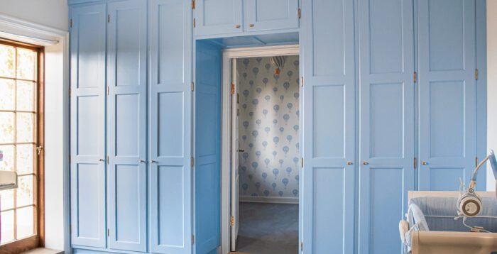 Indbygget garderobeskab til børneværelset
